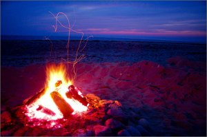 cape_cod_beach_fire
