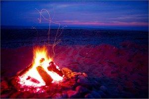 cape_cod_beach_fire